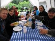 Dinant al Parque Nacional Tierra del Fuego al costat del lago Roca