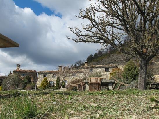 Casa de Turisme Rural a  prop de Tavertet. Camí de Tavertet a Rupit.