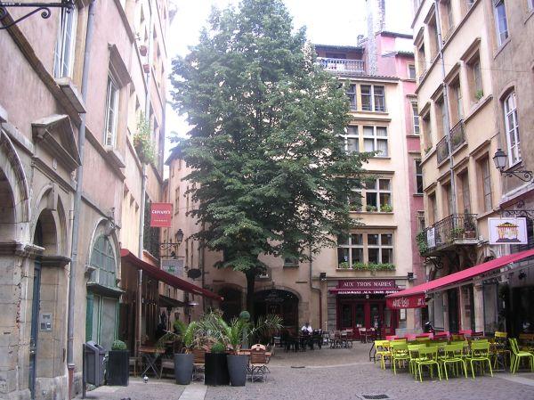 Rue de la Bombarde