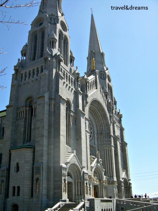 Catedral de Ste.Anne de Beaupre. Quebec / Ste. Anne de Beaupre Cathedral. Quebec
