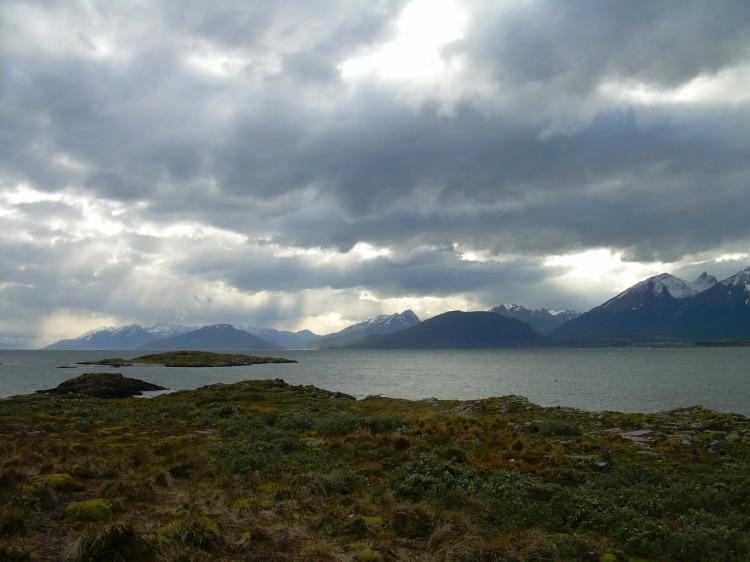 Cau la tarde al Canal Beagle a la Tierra de Fuego