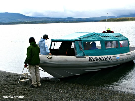 Arribada a la Isla Martillo / Arriving to Martillo Island