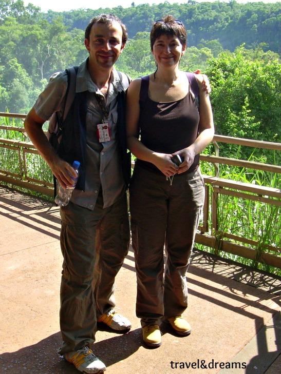 Núria amb l'Alejandro el nostre guia particular a Cataratas de Iguazú / Núria with Alejandro our personal guide in Cataratas de Iguazú