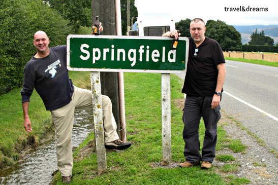 SPRINGFIELD. BART Y HOMMER SIMPSON