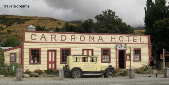 FAMOSO CARDRONA HOTEL