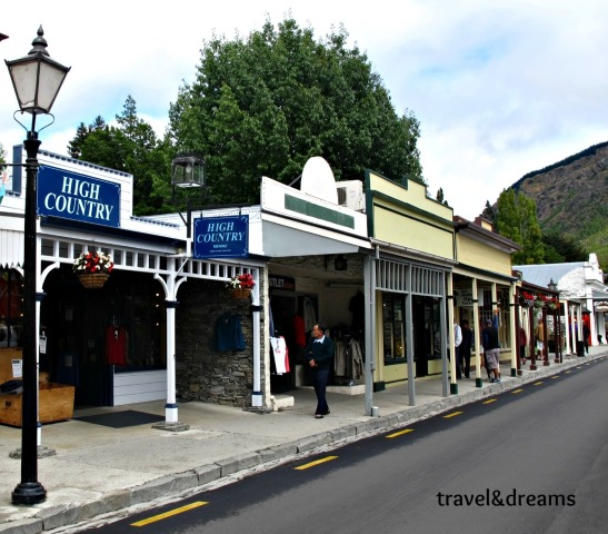 MAIN STREET. ARROWTOWN