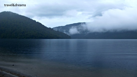 LAKE PARINGA